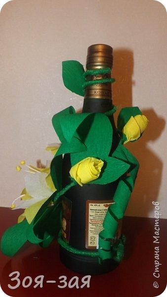 Этими бутылочками с горячительными напитками мы поздравляли наших музчин с 23 февраля.)))Внутри цветочка-конфетка(закусь))))) фото 7