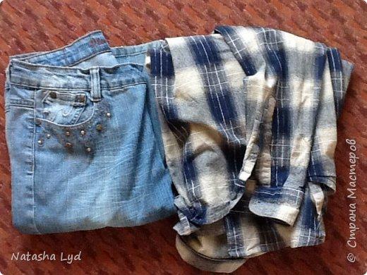 Вопрос - Что можно сделать имея старые джинсы, рубашку, маленького мальчика и немного фантазии? Ответ - комбинезон для маленького мальчика. фото 2