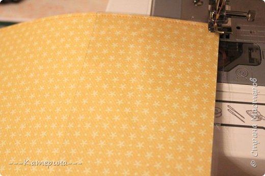 Здравствуйте, дорогие мастерицы!Делала свои первые папочки для сыночков http://stranamasterov.ru/node/812472 и сразу фотографировала процесс. Это мой первый МК, хотела чтобы он был понятный и доступный для таких как я новичков в скрапе.Буду рада, если он кому-нибудь пригодится. фото 28