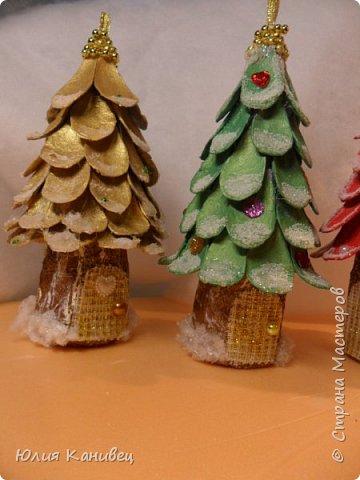 Мастер-класс Новый год Моделирование конструирование Новогодние ёлочки-домики фото 20