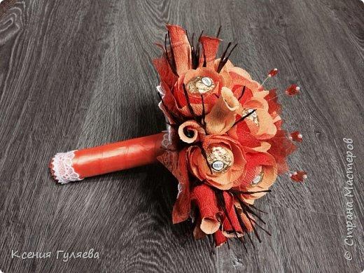 Осенняя корзинка с попыткой сделать розы, по всем мастер классам, которые смогла найти))  итог: розы на розы не похожи, но и ни на один цветочек из всех мастер классов тоже не похоже)))  ну уж что получилось то получилось фото 4