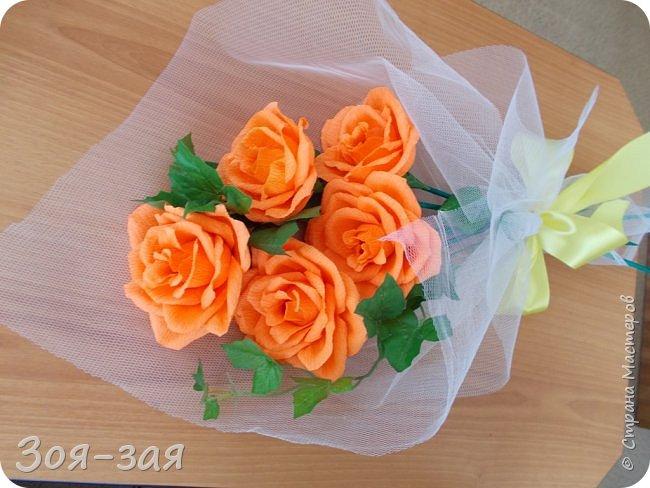 Этими бутылочками с горячительными напитками мы поздравляли наших музчин с 23 февраля.)))Внутри цветочка-конфетка(закусь))))) фото 21