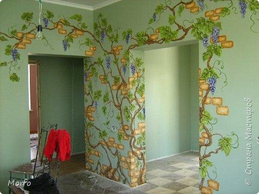 Вот такой декор стены.Сам рисунок получается объемным. фото 1