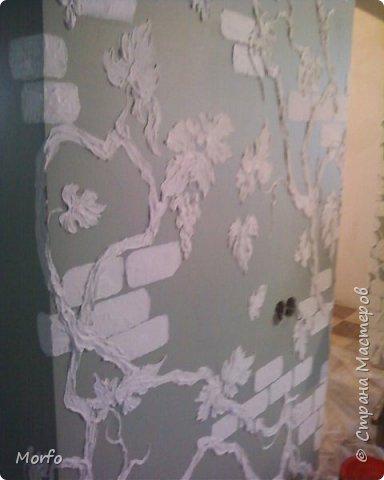 Вот такой декор стены.Сам рисунок получается объемным. фото 2