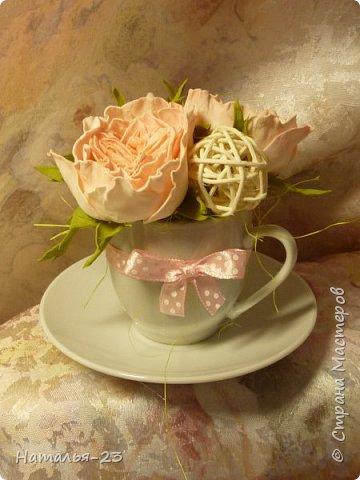 Добрый вечер, мастерицы! Мои новые цветочки из фома.  Розы делала по мк  Анечки Даньковой, тонировала  пастелью по мк Светланы flower. Спасибо, кто заглянул, творческих успехов...  фото 1
