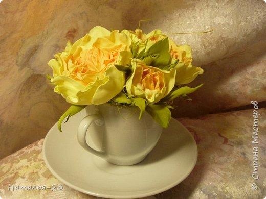 Добрый вечер, мастерицы! Мои новые цветочки из фома.  Розы делала по мк  Анечки Даньковой, тонировала  пастелью по мк Светланы flower. Спасибо, кто заглянул, творческих успехов...  фото 4