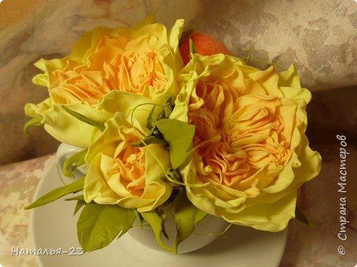 Добрый вечер, мастерицы! Мои новые цветочки из фома.  Розы делала по мк  Анечки Даньковой, тонировала  пастелью по мк Светланы flower. Спасибо, кто заглянул, творческих успехов...  фото 6