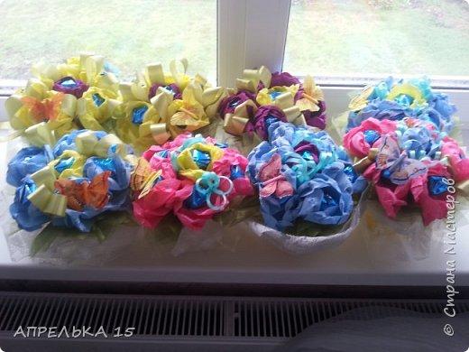 Букеты из конфет для учителей фото 2