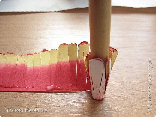 Мастер-класс День учителя Квиллинг Квиллинг-цветочек с карандашиком Бумага Карандаш Клей Краска фото 21