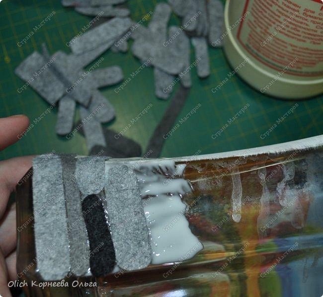 Декор предметов Мастер-класс Аппликация Декупаж Имитация камня фетром Бутылки стеклянные Клей Краска Салфетки Фетр фото 17