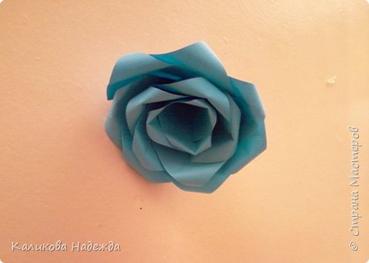 Мастер-класс Поделка изделие Оригами Роза из 15 квадратов Бумага фото 15