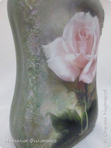 Эта бутылочка сделана в подарок молодой женщине фото 4