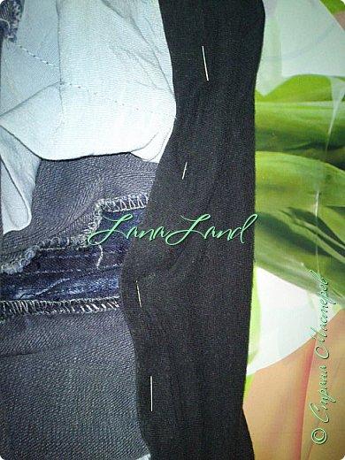 """здравствуйте,мои дорогие ,делюсь с вами как можно увеличить размер любимых джинс, уверена у каждой есть любимые,идеально сидящие штанцы,которые в поясе становятся маловаты))))животик растет,купила я себе брючки для беременных и спортивные штанишки,но джинсы,как ни крути вещь универсальная и подходит подо всё,искала я по магазинам беременные джинсики,но качество было просто ужас,а расцветка вообще кошмар,да и поддержки для живота в магазинных моделях совершенно нет,поэтому хочешь сделать хорошо,сделай сам)))решила из любимых сотворить""""чудо""""))) джинсики для пузика своими ручками из старых джинс и футболки, работа заняла 1,5 часа   фото не переворачивается ((( фото 14"""