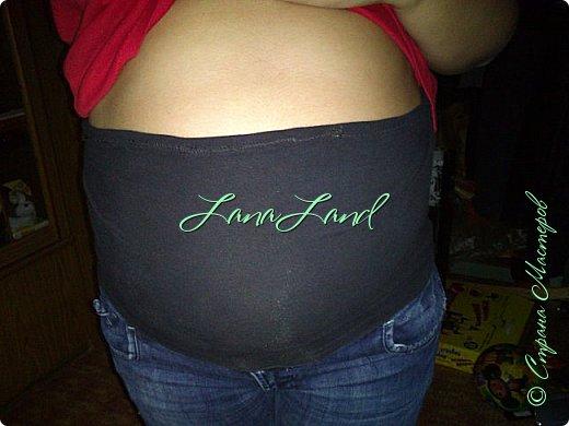 """здравствуйте,мои дорогие ,делюсь с вами как можно увеличить размер любимых джинс, уверена у каждой есть любимые,идеально сидящие штанцы,которые в поясе становятся маловаты))))животик растет,купила я себе брючки для беременных и спортивные штанишки,но джинсы,как ни крути вещь универсальная и подходит подо всё,искала я по магазинам беременные джинсики,но качество было просто ужас,а расцветка вообще кошмар,да и поддержки для живота в магазинных моделях совершенно нет,поэтому хочешь сделать хорошо,сделай сам)))решила из любимых сотворить""""чудо""""))) джинсики для пузика своими ручками из старых джинс и футболки, работа заняла 1,5 часа   фото не переворачивается ((( фото 25"""