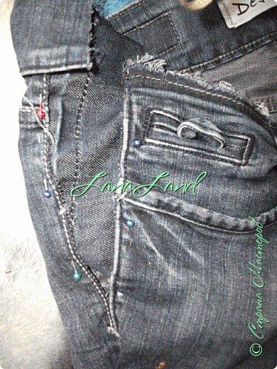 """здравствуйте,мои дорогие ,делюсь с вами как можно увеличить размер любимых джинс, уверена у каждой есть любимые,идеально сидящие штанцы,которые в поясе становятся маловаты))))животик растет,купила я себе брючки для беременных и спортивные штанишки,но джинсы,как ни крути вещь универсальная и подходит подо всё,искала я по магазинам беременные джинсики,но качество было просто ужас,а расцветка вообще кошмар,да и поддержки для живота в магазинных моделях совершенно нет,поэтому хочешь сделать хорошо,сделай сам)))решила из любимых сотворить""""чудо""""))) джинсики для пузика своими ручками из старых джинс и футболки, работа заняла 1,5 часа   фото не переворачивается ((( фото 8"""