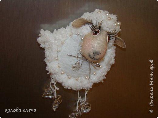 Мастер-класс Поделка изделие Новый год Шитьё Магниты Овечки Капрон Картон Пряжа фото 1