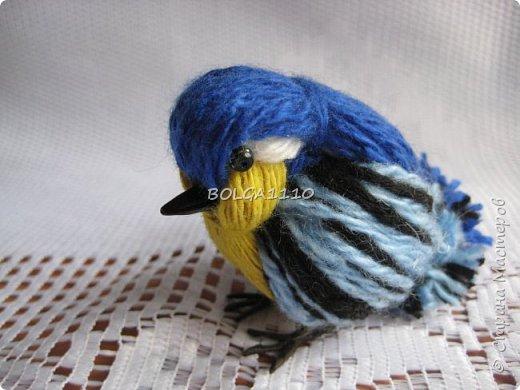 Вот такая синичка.Делается так же как воробушек http://stranamasterov.ru/node/827597?t=blog  но с небольшим дополнением. фото 1