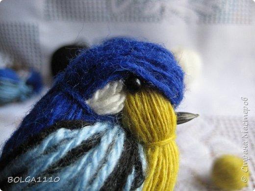 Мастер-класс Поделка изделие Синичка Бусины Клей Проволока Пряжа Семена фото 10