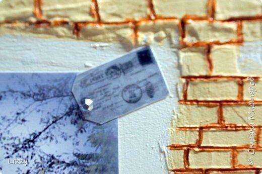 Подарок на деревянную свадьбу. Основа 3 мм лист мдф. Кирпичная кладка - шпатлевка, зубочистка (неровно она и была задумана, правда все равно кривовато очень в некоторых местах получилась:( ). фото 6