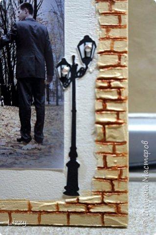 Подарок на деревянную свадьбу. Основа 3 мм лист мдф. Кирпичная кладка - шпатлевка, зубочистка (неровно она и была задумана, правда все равно кривовато очень в некоторых местах получилась:( ). фото 7