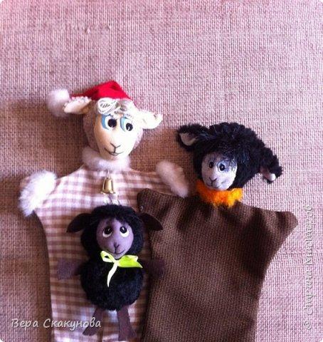 Перчаточные игрушки, которые мы используем для кукольного театра. Их можно подарить на Новый год.