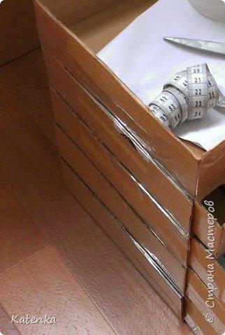 Комод из картона под мулине на бобинах фото 5