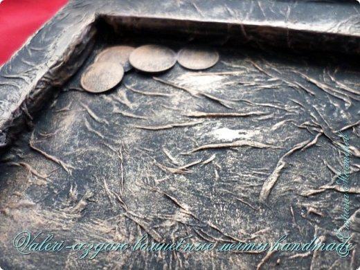 ДРУЗЬЯ, привет!!! Создала три новых работы, хочу поделиться с Вами!  Сразу предупреждаю, фоток как всегда много, так что, будте готовы)) Первая: ключница-черепаха, встречала разнообразных черепашек у нас в Стране, дам ссылочки на некоторые, особо понравившиеся: https://stranamasterov.ru/node/649516#photo1 https://stranamasterov.ru/node/566948?c=favorite https://stranamasterov.ru/node/787452#photo1 https://stranamasterov.ru/node/720990#photo1 https://stranamasterov.ru/node/574214#photo1 это далеко не все конечно же, а сколько их других, не на панношках...мммм, красотулички: https://stranamasterov.ru/node/510781 https://stranamasterov.ru/node/674402#photo1 https://stranamasterov.ru/node/148673 https://stranamasterov.ru/node/714504 https://stranamasterov.ru/node/233300#photo1 https://stranamasterov.ru/node/445879#photo1 и это, понятно, тоже лишь капля в море фантазии наших Мастеров! Спасибо девочкам-вдохновительницам!!! Знаете, как иногда что то увиденное западает в душу и покоя не даёт, пока не сделаешь подобную штучку))) Но, естественно, хотелось свою, не повторимую и не похожую на других, оформление делала так же как в рыбке(https://stranamasterov.ru/node/815681), вот, принимайте, моя(пока) красотулька драгоценная и полезная Паст(как говорит моя младшенькая):  фото 39