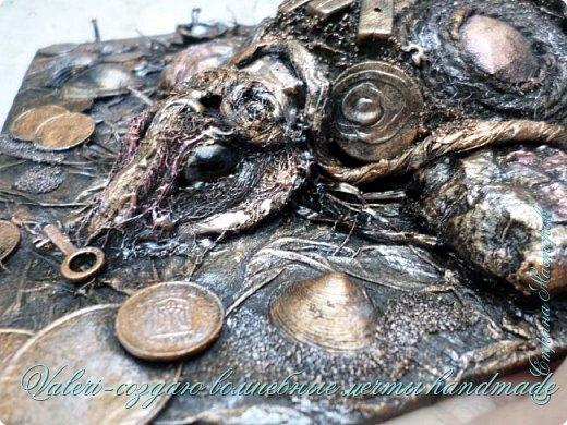 ДРУЗЬЯ, привет!!! Создала три новых работы, хочу поделиться с Вами!  Сразу предупреждаю, фоток как всегда много, так что, будте готовы)) Первая: ключница-черепаха, встречала разнообразных черепашек у нас в Стране, дам ссылочки на некоторые, особо понравившиеся: https://stranamasterov.ru/node/649516#photo1 https://stranamasterov.ru/node/566948?c=favorite https://stranamasterov.ru/node/787452#photo1 https://stranamasterov.ru/node/720990#photo1 https://stranamasterov.ru/node/574214#photo1 это далеко не все конечно же, а сколько их других, не на панношках...мммм, красотулички: https://stranamasterov.ru/node/510781 https://stranamasterov.ru/node/674402#photo1 https://stranamasterov.ru/node/148673 https://stranamasterov.ru/node/714504 https://stranamasterov.ru/node/233300#photo1 https://stranamasterov.ru/node/445879#photo1 и это, понятно, тоже лишь капля в море фантазии наших Мастеров! Спасибо девочкам-вдохновительницам!!! Знаете, как иногда что то увиденное западает в душу и покоя не даёт, пока не сделаешь подобную штучку))) Но, естественно, хотелось свою, не повторимую и не похожую на других, оформление делала так же как в рыбке(https://stranamasterov.ru/node/815681), вот, принимайте, моя(пока) красотулька драгоценная и полезная Паст(как говорит моя младшенькая):  фото 14