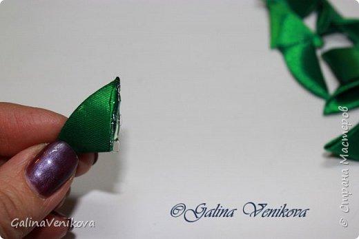 Мастер-класс Поделка изделие Новый год Цумами Канзаши Раз два три - ёлочка  готова Картон Клей Ленты фото 14