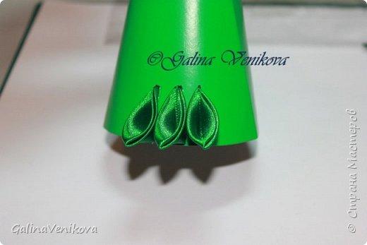 Мастер-класс Поделка изделие Новый год Цумами Канзаши Раз два три - ёлочка  готова Картон Клей Ленты фото 16