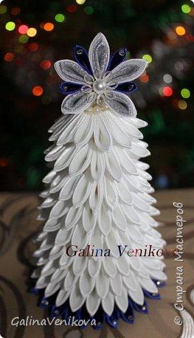 Мастер-класс Поделка изделие Новый год Цумами Канзаши Раз два три - ёлочка  готова Картон Клей Ленты фото 31