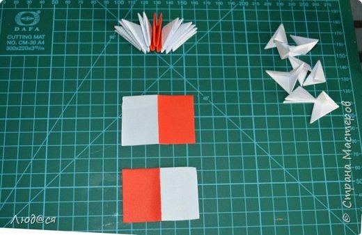 Картина панно рисунок Мастер-класс Оригами китайское модульное Божья коровка или сонечко-жучок Бумага Клей фото 7