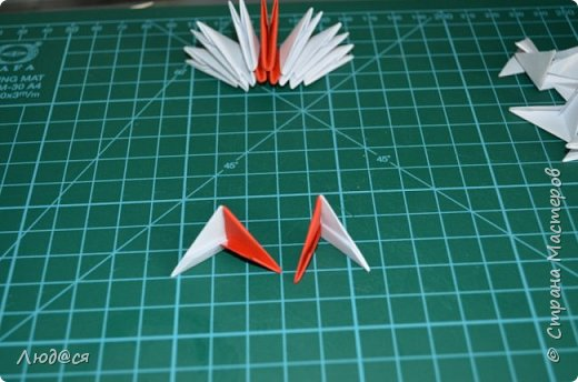 Картина панно рисунок Мастер-класс Оригами китайское модульное Божья коровка или сонечко-жучок Бумага Клей фото 8