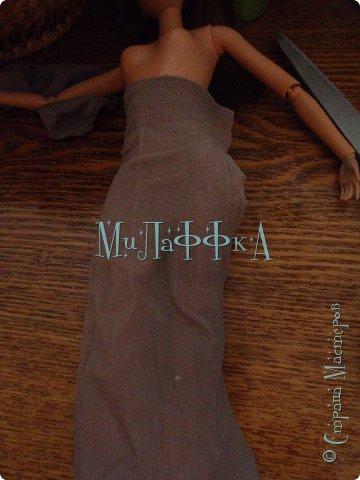 Привет всем! И это очередной выпуск! Теперь у нас есть обложка!!!!! В  этом выпуске колготки для куклы!) Как их щью я! БыСтРо и ЛеГкО! Нам понадобится ♥Капроновые носки ♥нитки и иголки ♥кукла ♥БеЗЗуМнО ХоРоШеЕ нАсТрОеНиЕ! фото 2