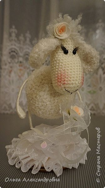 Мастер-класс Поделка изделие Новый год Вязание крючком Гламурная овечка описание Нитки Проволока Пряжа фото 26