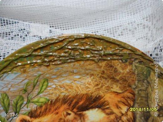 И снова я с вами. Зеркало из Икеи , сделала по просьбе дочери, для дачи.Техника простая : грунтовка на два раза белой краской , салфетка и немного рисунка контуром (который мне дается с трудом ), лаковое покрытие . фото 11