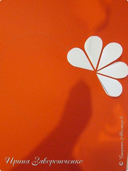 Картина панно рисунок Мастер-класс Валентинов день Аппликация Бумагопластика Панно из сердечек Белое на красном + МК Бумага Клей фото 8