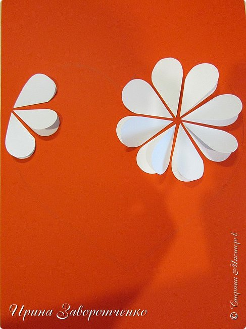 Картина панно рисунок Мастер-класс Валентинов день Аппликация Бумагопластика Панно из сердечек Белое на красном + МК Бумага Клей фото 10