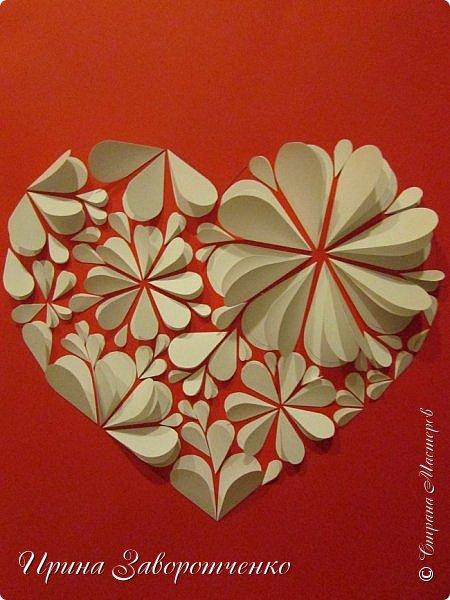 Картина панно рисунок Мастер-класс Валентинов день Аппликация Бумагопластика Панно из сердечек Белое на красном + МК Бумага Клей фото 19