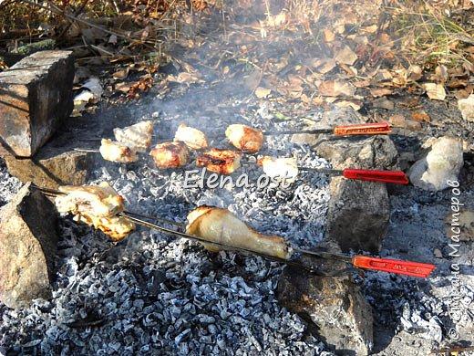 Тыква хороша и вкусна в любом виде. Решила попробовать приготовить еще и в углях. Идем на природу, любуемся осенью и конечно же балуем себя вкусными блюдами, приготовленными на костре.  фото 4