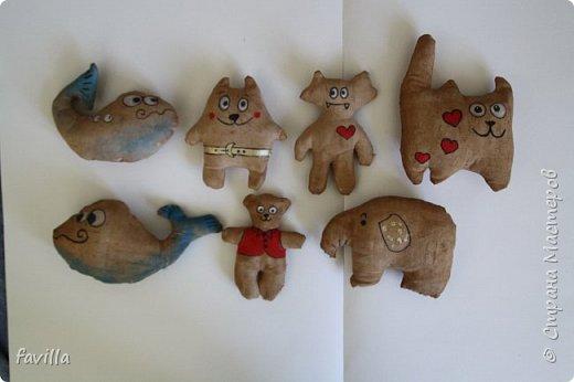 Мои первые кофейные игрушки.  Сделала в качестве сувениров для гостей на Викин День Рождения.