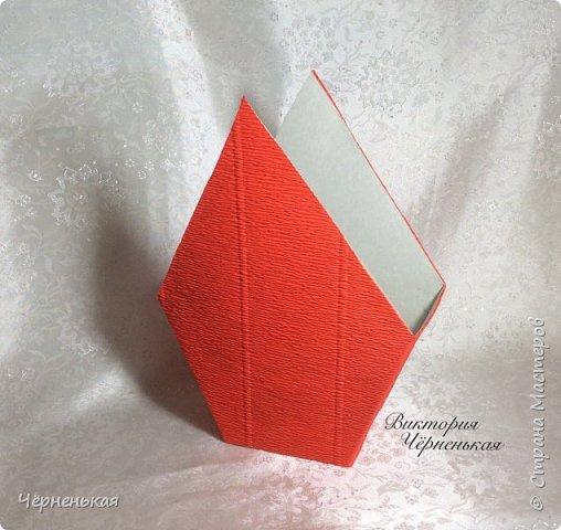 Мастер-класс Свит-дизайн Новый год Моделирование конструирование Домик-часики из конфет Мастер класс Бумага гофрированная фото 8