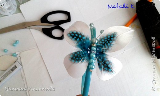 Предлагаю мой мастер-класс по изготовлению бабочки, получается очень красиво, можно украсить ободок, заколку. фото 16
