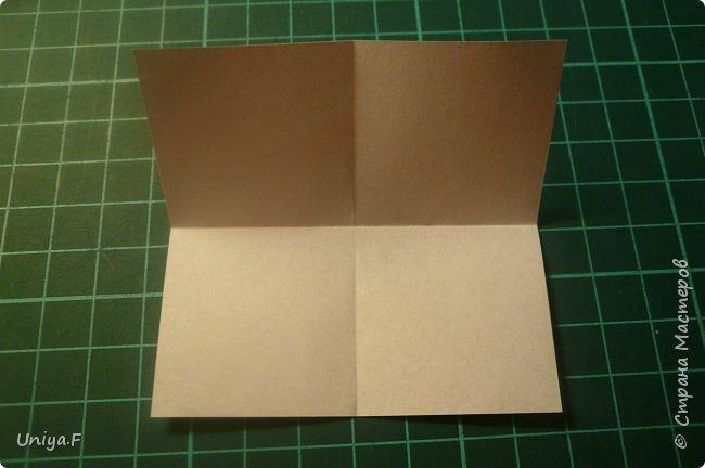 """Эта звездочка из 5 модулей смотрится очень лучисто и рельефно. Имеет односторонний эффект, хороша из градиентной бумаги. Подойдет для кусудам. Как снежинку можно сделать из 6 модулей.  Name: Toccata star  Collection origami stars """"Philharmonia"""" Designer: Uniya Filonova   Units: 5  Paper: 7,5 x 7,5 cm   Final diameter: 9 cm  Joint: no glue  фото 2"""