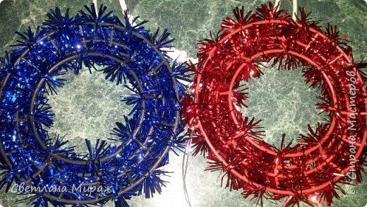 Мастер-класс Новый год Рождество Ассамбляж Моделирование конструирование Венок морозный узор Материал оберточный фото 6