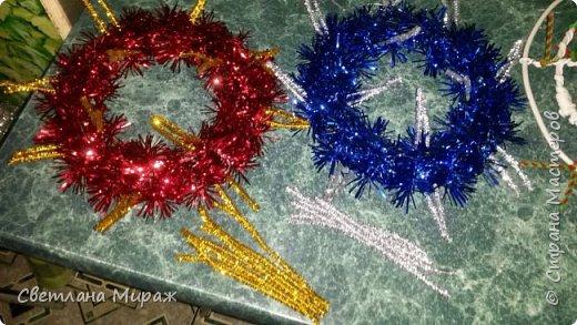 Мастер-класс Новый год Рождество Ассамбляж Моделирование конструирование Венок морозный узор Материал оберточный фото 7
