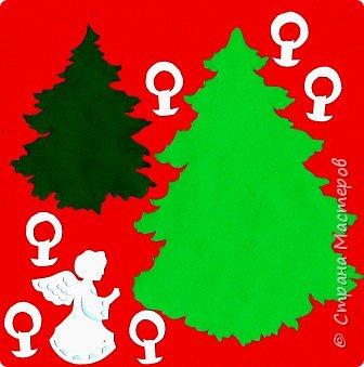 Новый год - самый яркий из всех праздников в году. А вот новогодние вытынанки делают из бумаги одного цвета, обычно белого, иногда добавляя фон другого цвета. Но мне захотелось сделать их яркими, новогодними. За основу взял обычные вытынанки из интернета. Новогодние вытынанки. фото 9