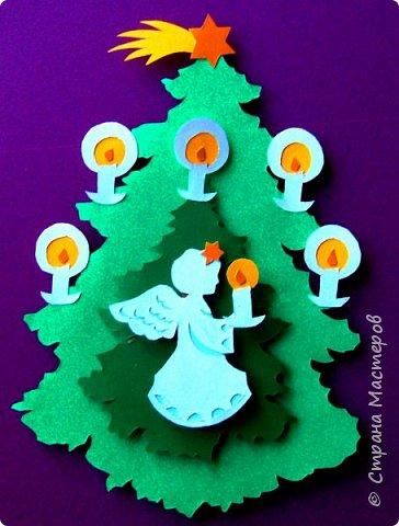 Новый год - самый яркий из всех праздников в году. А вот новогодние вытынанки делают из бумаги одного цвета, обычно белого, иногда добавляя фон другого цвета. Но мне захотелось сделать их яркими, новогодними. За основу взял обычные вытынанки из интернета. Новогодние вытынанки. фото 12