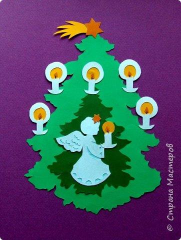 Новый год - самый яркий из всех праздников в году. А вот новогодние вытынанки делают из бумаги одного цвета, обычно белого, иногда добавляя фон другого цвета. Но мне захотелось сделать их яркими, новогодними. За основу взял обычные вытынанки из интернета. Новогодние вытынанки. фото 11