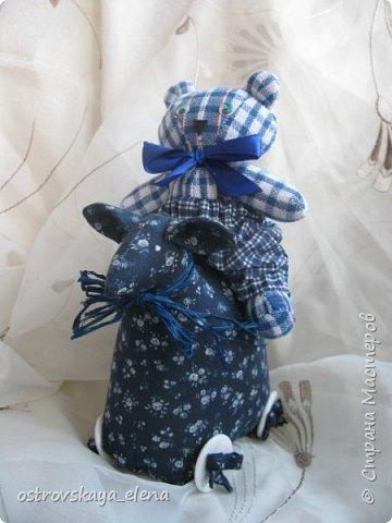 Здравствуйте, дорогие соседи! Опять у меня различные техники, НО на одну тему - новый год и подарки к этому волшебному празднику. Но, все не блестяще-елочно-игрушечное.... Сделала два комплекта подарочных: один в загородный дом подруге на камин, другой - смешанный (но в одни руки))).... фото 7
